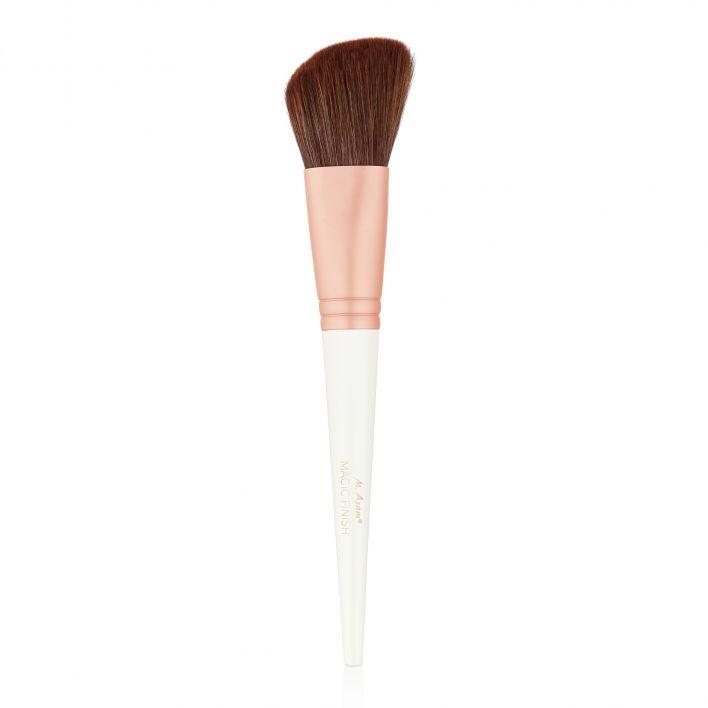 MAGIC FINISH Blusher Brush